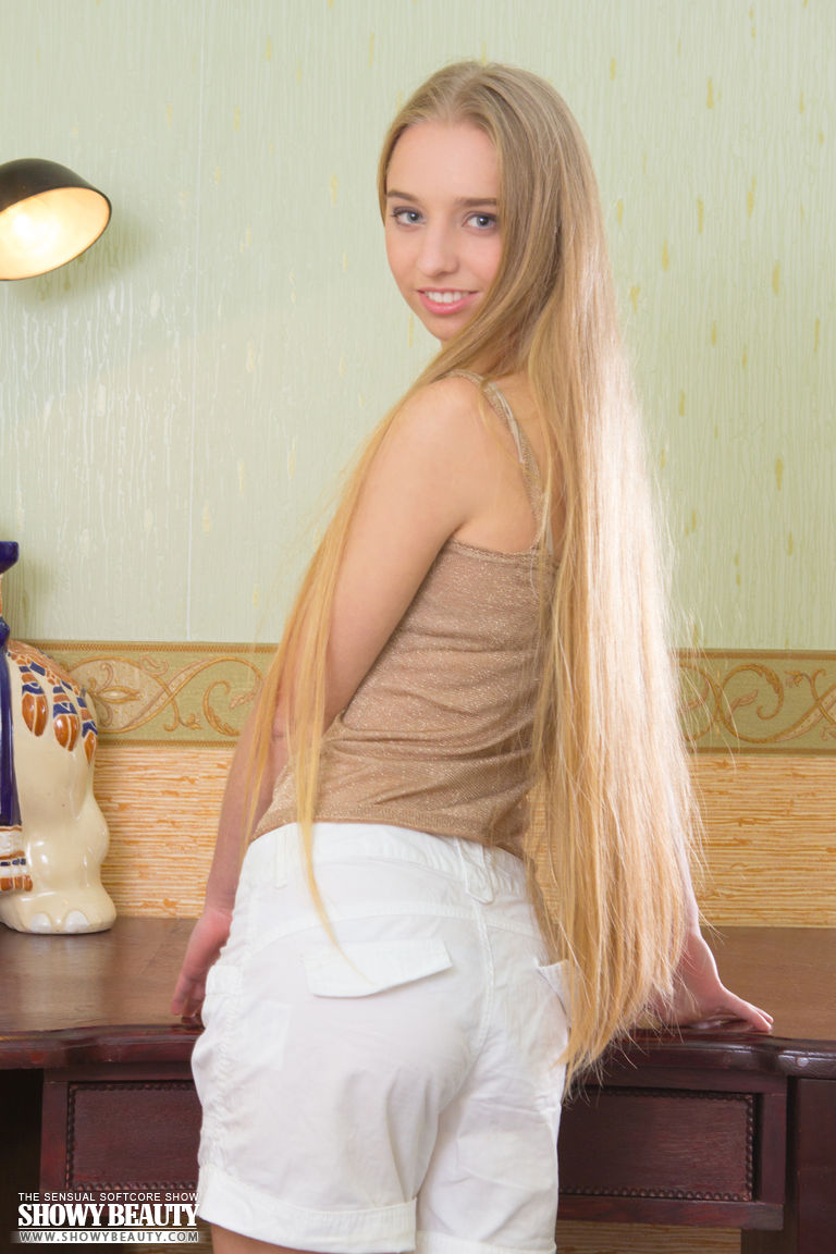 wholly manikin dating amateur in latvia