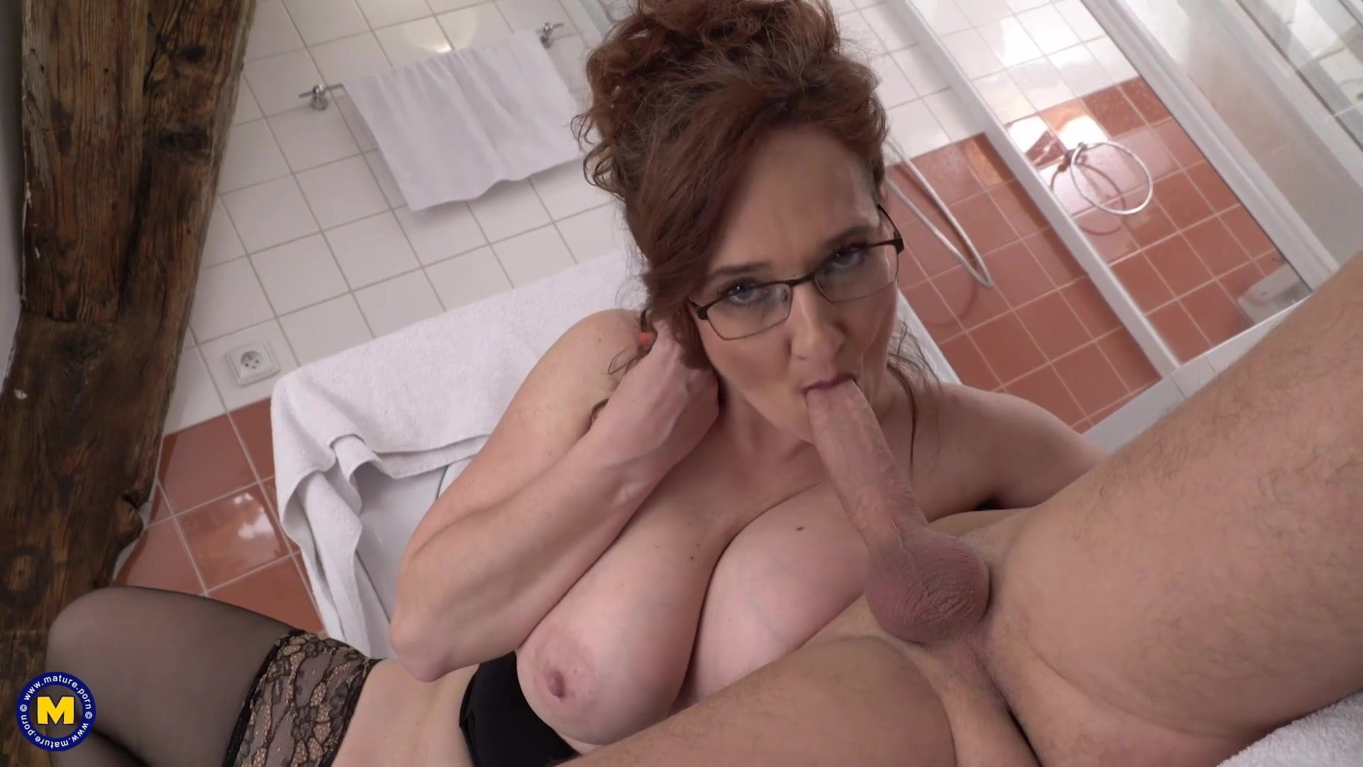 pissing wet pussy